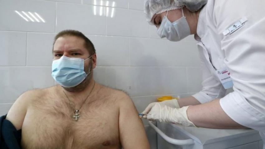 Confirman un 91,4% de eficacia de la vacuna rusa contra el covid-19 Sputnik V y un 100% en los casos graves de la enfermedad